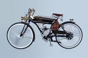 PEDAL BIKE WITH 38CC ENGINE OLD TIMER LOOKING BIKE IN BLACK NO PAPERS